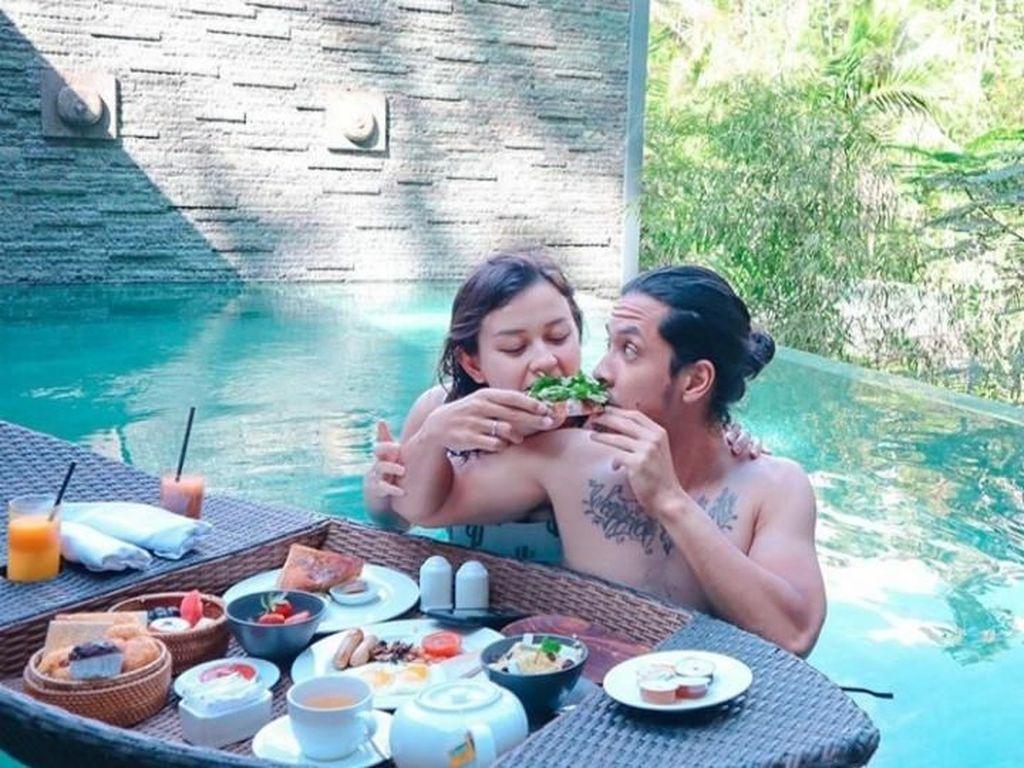 Kimberly Ryder dan Suaminya Ternyata Suka Pamer Momen Romantis!