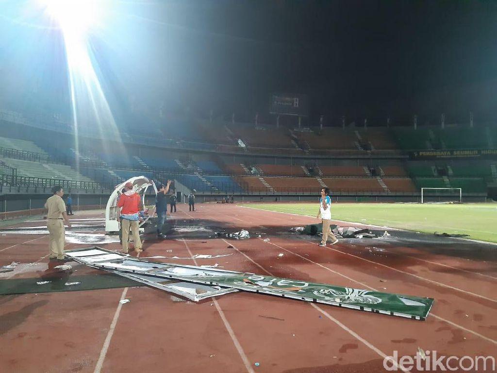 Stadion GBT Rusak Karena Ricuh Suporter, Ini Kata Pemkot Surabaya