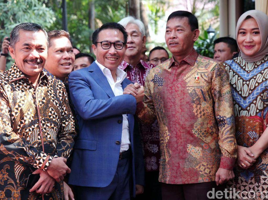 Komisi III DPR Datangi Rumah Komjen Idham Azis