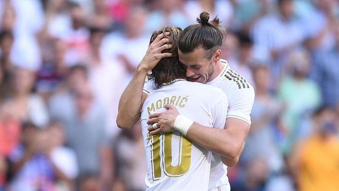 Luka Modric mendukung Gareth Bale di tengah rumor meninggalkan Real Madrid. (Foto: Denis Doyle / Getty Images)