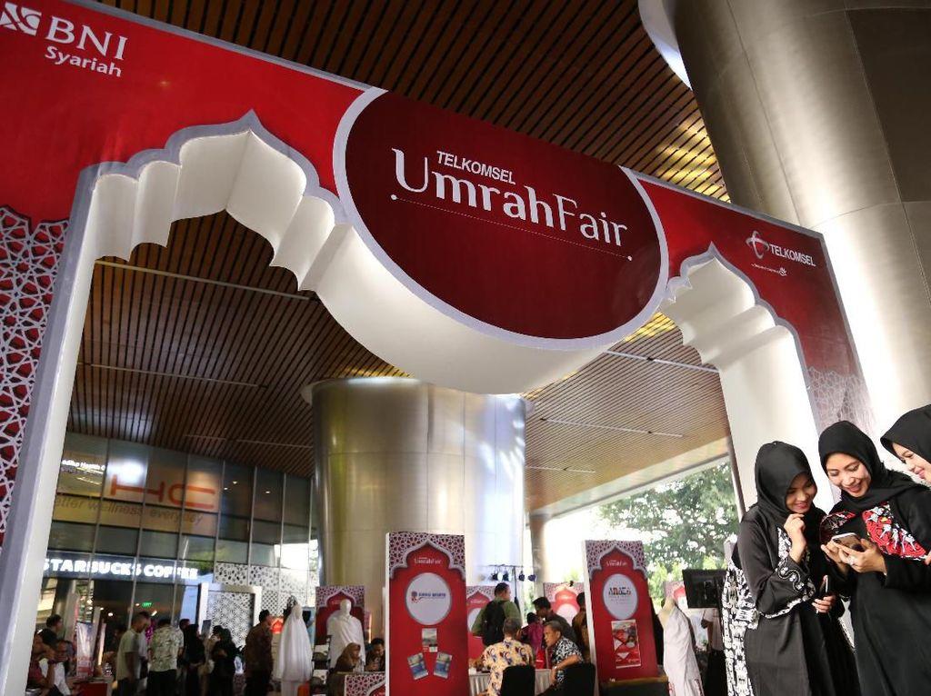Temani Perjalanan Spiritual, Telkomsel Gelar Umrah Fair