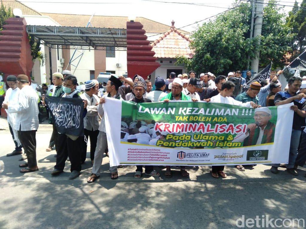 Eks Pentolan HTI Divonis 3 Bulan Penjara di Kasus Ujaran Kebencian Banser