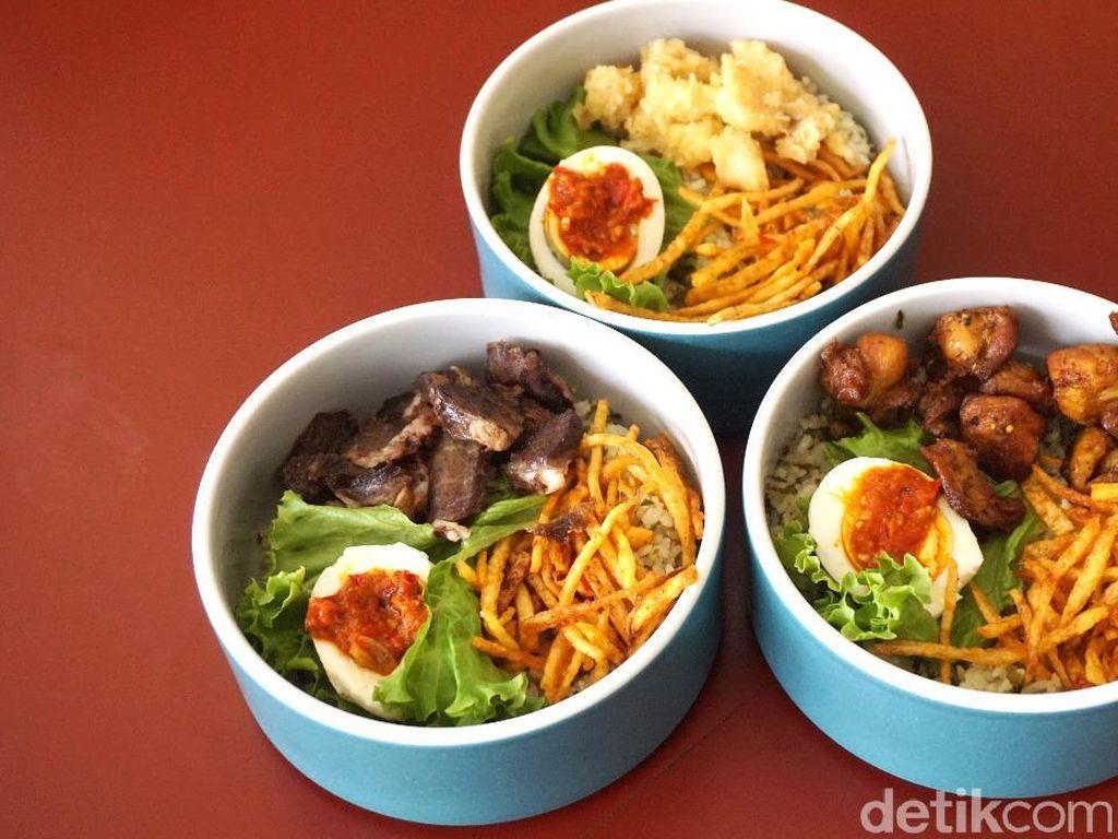 Nasi Jeruk Tanggal Tua: Ada Rice Bowl Nasi Jeruk Pakai Lauk Masakan Rumahan