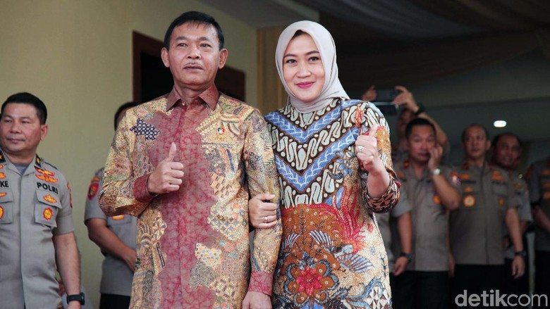 Istri Calon Kapolri Idham Azis Janji Tak Ikut Campur Urusan Dinas Suami