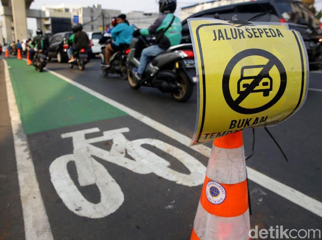 Pesepeda Tertabrak Bukan di Jalur Sepeda, Siapa yang Salah?