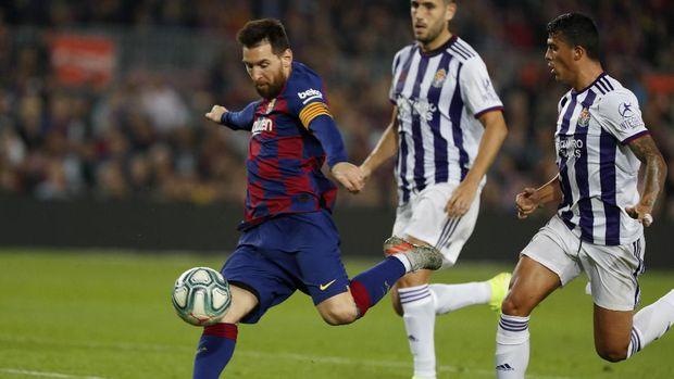 Messi cetak dua gol dan dua assist ke gawang Valladolid. (