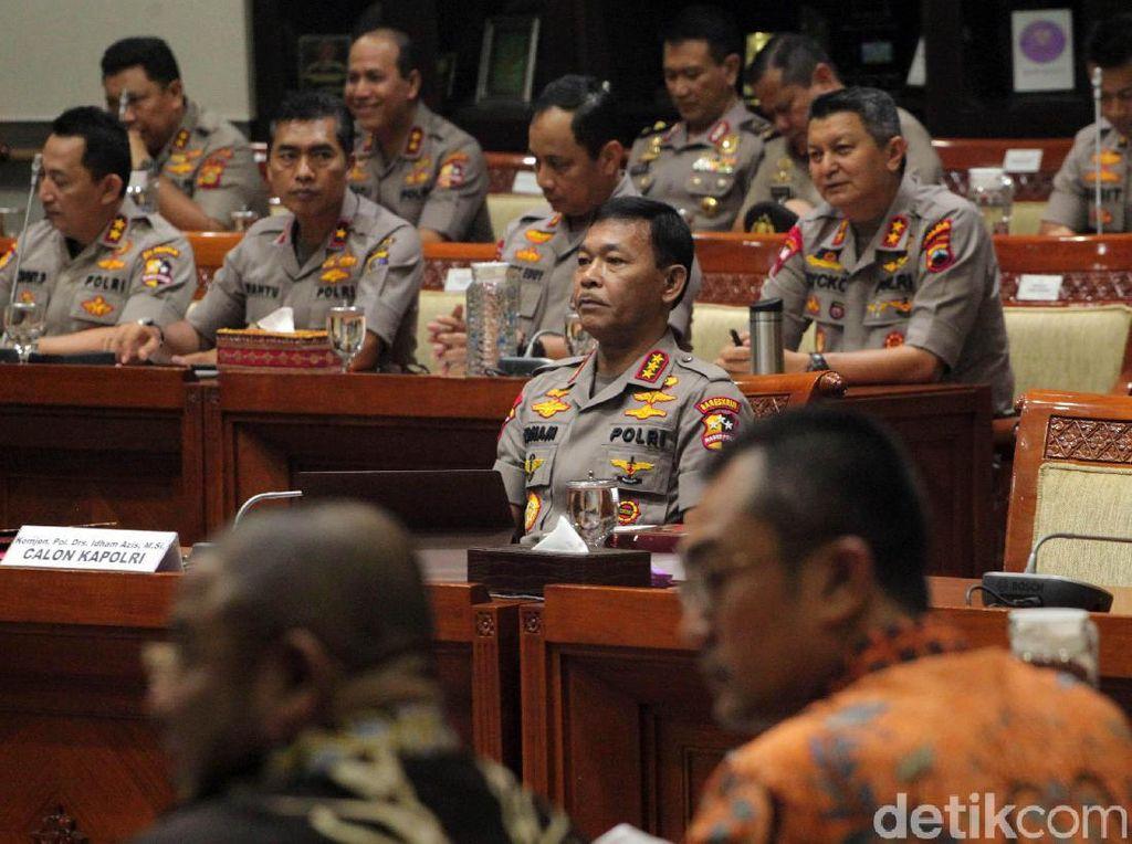 Siapa Calon Kapolri Pilihan Jokowi?