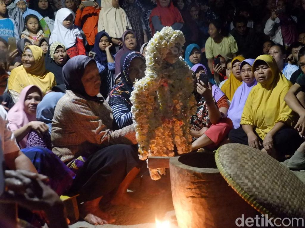 Cowongan, Tradisi Langka Meminta Hujan di Banjarnegara