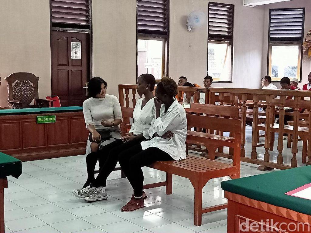 Keroyok Perempuan di Depan Bar di Kuta, 2 WN Kenya Diadili