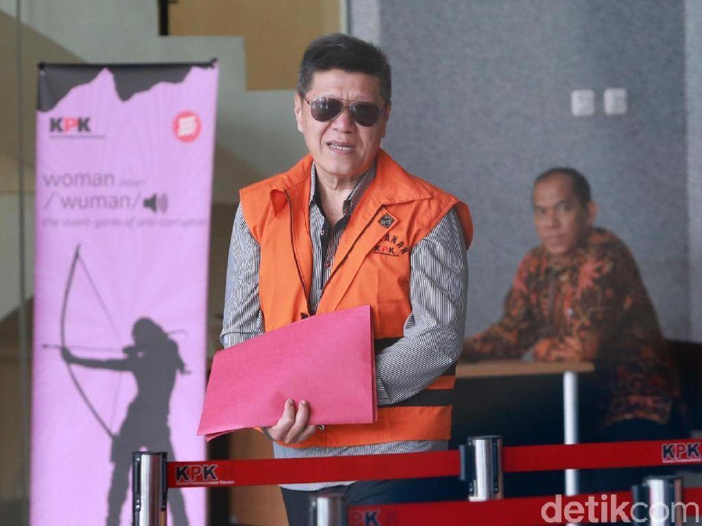 Diperiksa KPK, Kock Meng Tutupi Borgol dengan Map Merah
