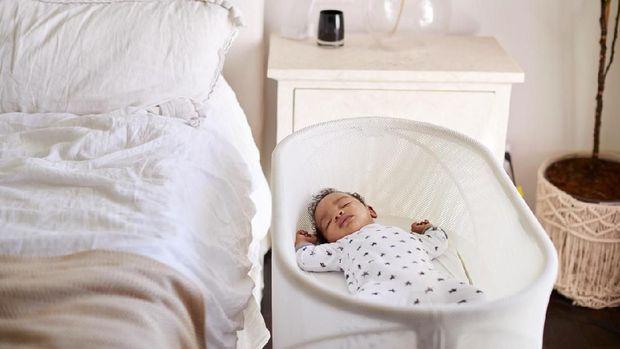 6 Cara Membuat Anak Bayi Tidur Nyenyak, Ibu Baru Mesti Coba