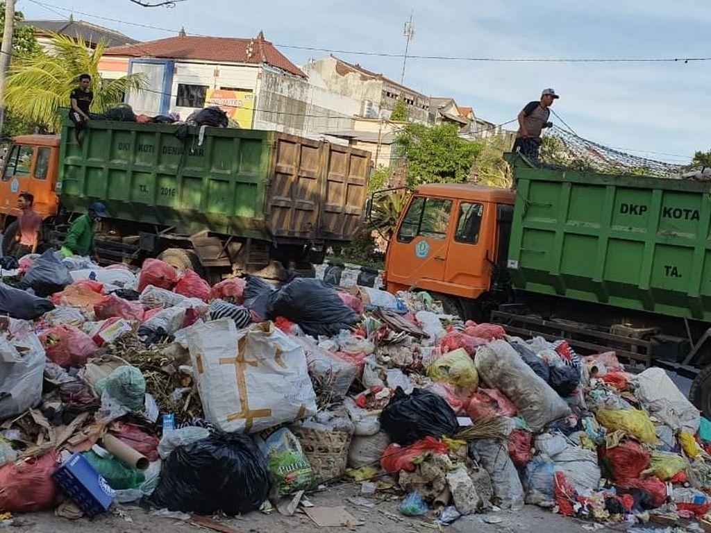 Soal Sampah di TPA Suwung, Koster Imbau Tiap Kabupaten Bali Buat Penampungan