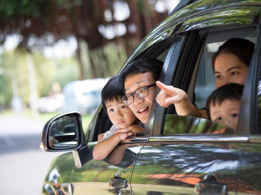 Tips Beli Mobil Bagi Keluarga Muda