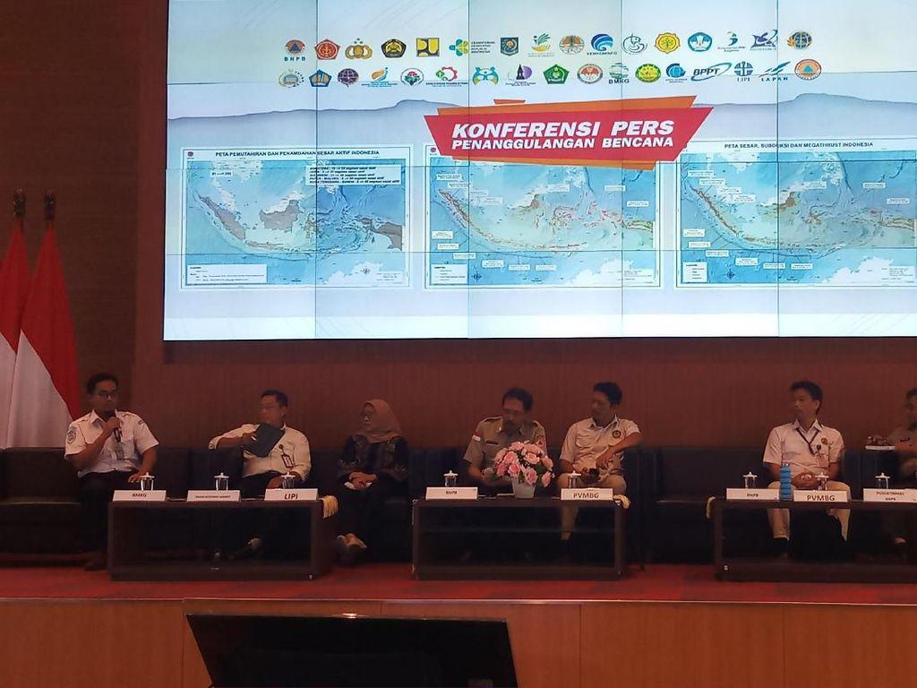 Prediksi Musim Hujan, BMKG Imbau Masyarakat Waspada Banjir-Puting Beliung