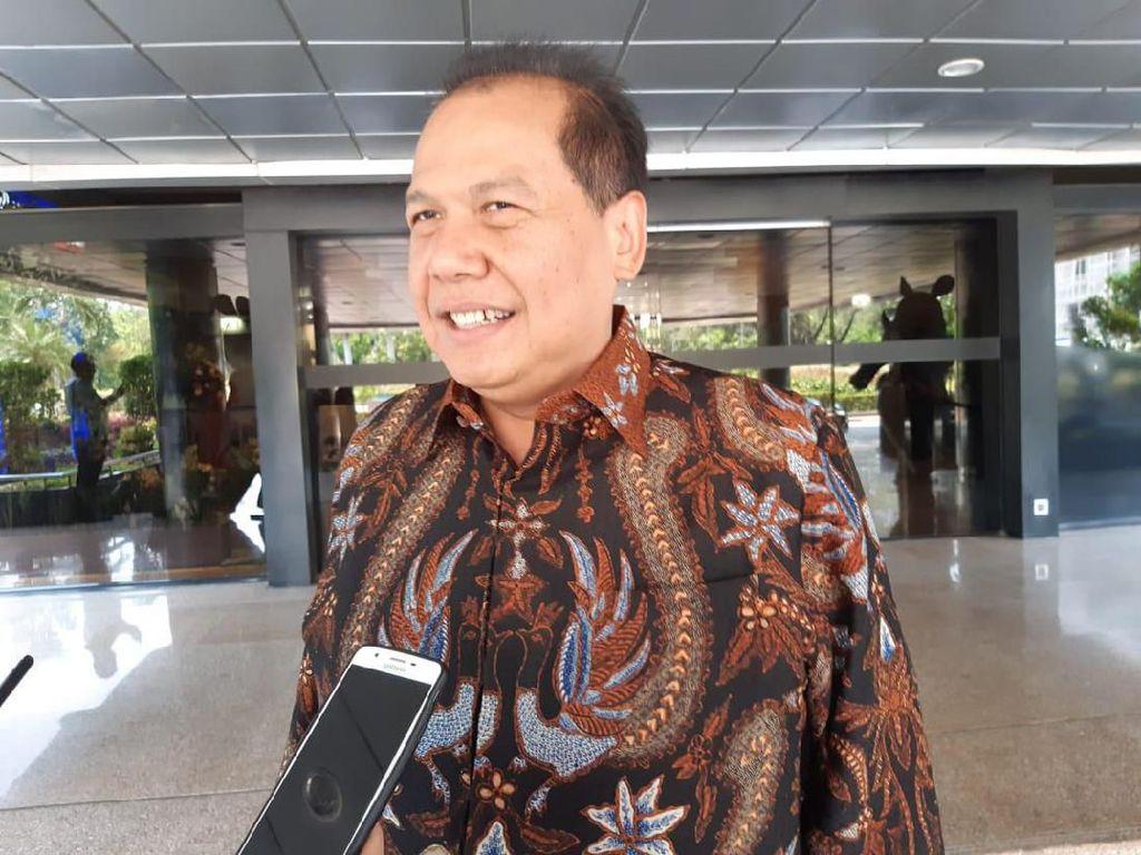 Jokowi Pangkas Jabatan Eselon III-IV Diganti Robot, Ini Kata CT