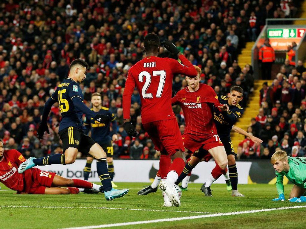 Emery: Pertandingan yang Gila