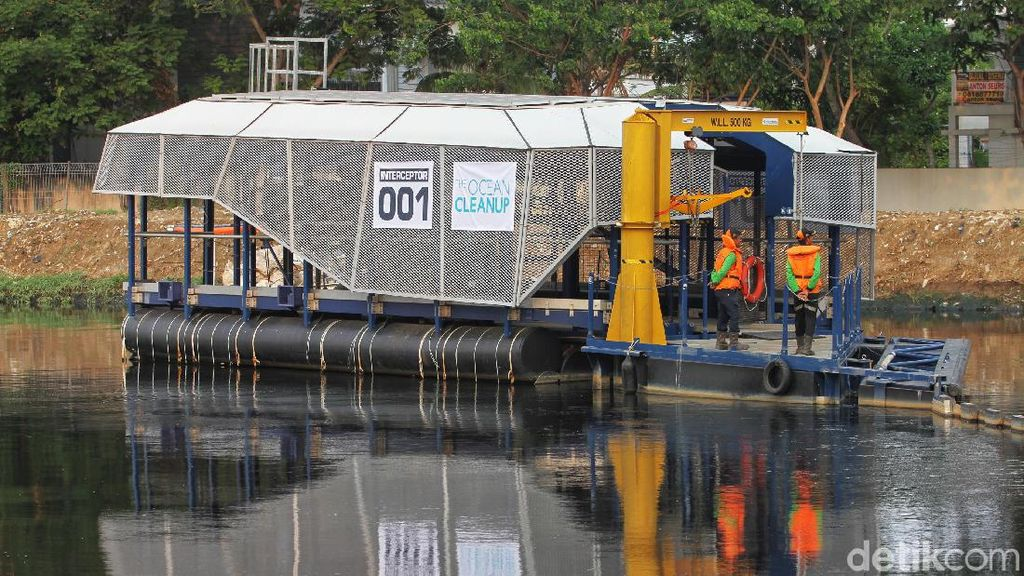 Ini Alat Pencegah Sampah ke Laut di Jakarta