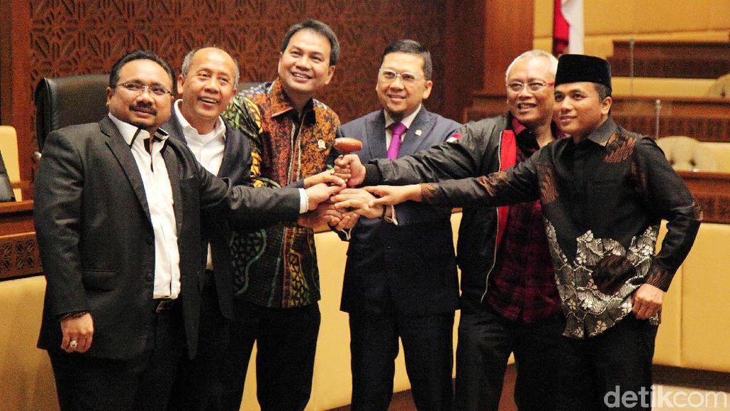 Ini Dia Jajaran Pimpinan Komisi II DPR