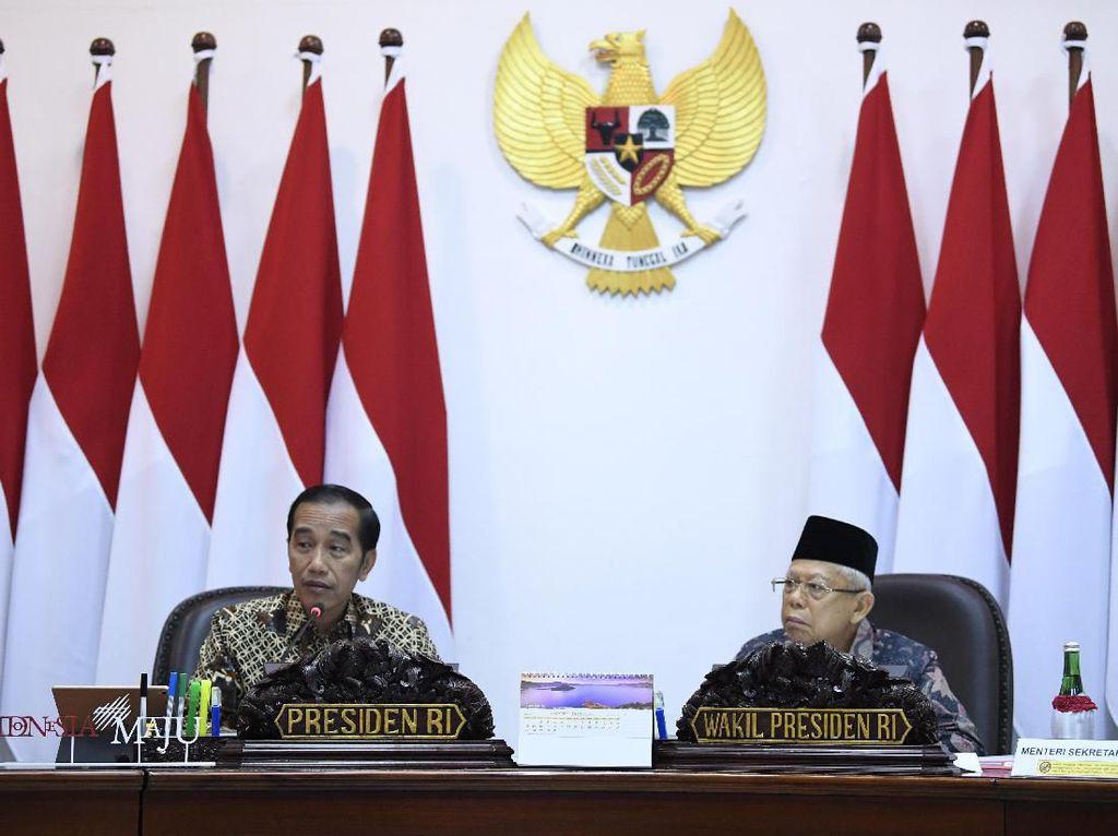 Daftar Panjang 22 Stafsus Jokowi-Maruf Amin