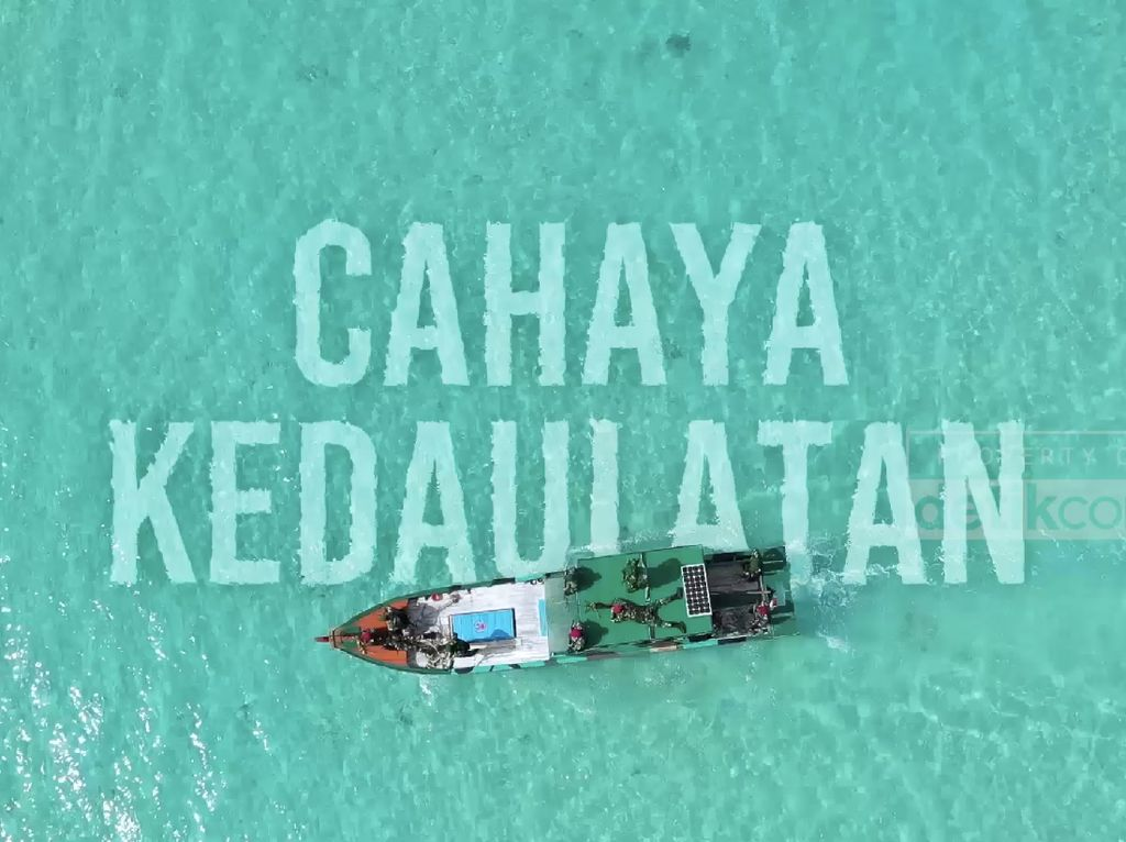 Cahaya untuk Garda Terdepan di Pulau Terluar Selat Karimata