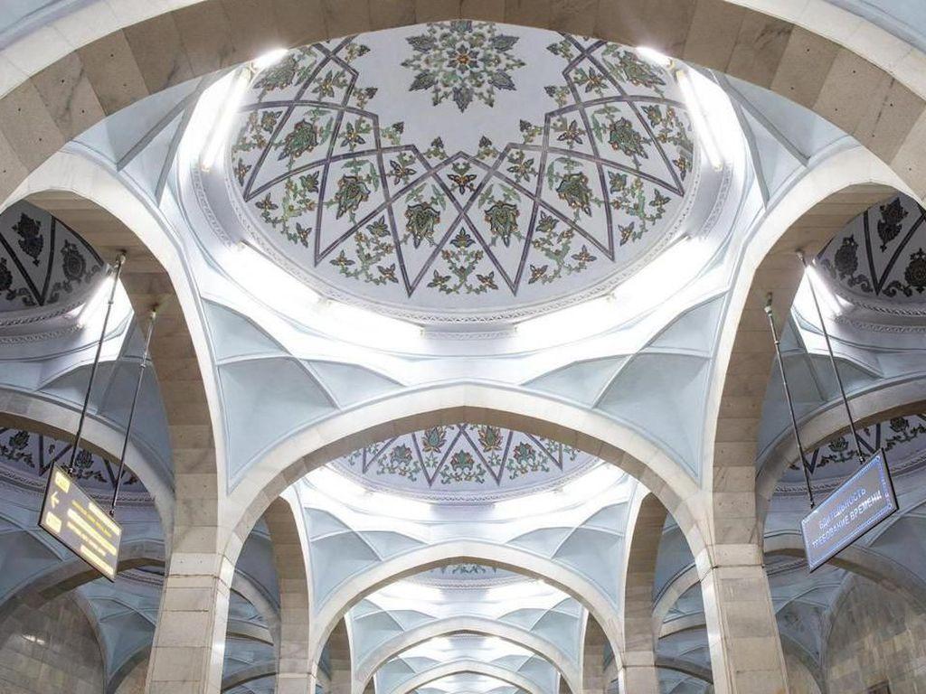 Kemegahan Seni Islam di Mantan Negara Komunis