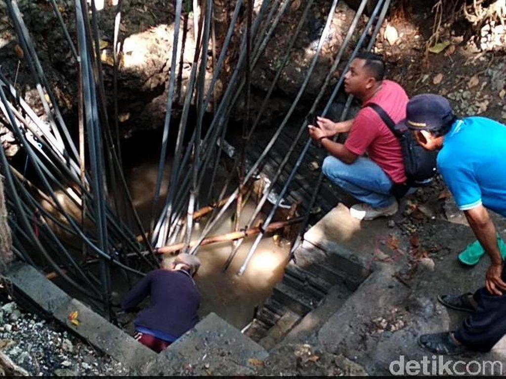Krisis Air, Warga Blitar Manfaatkan Sumber Air yang Keruh