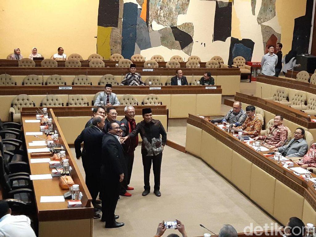 Politikus Golkar Ahmad Doli Kurnia Pimpin Komisi II DPR
