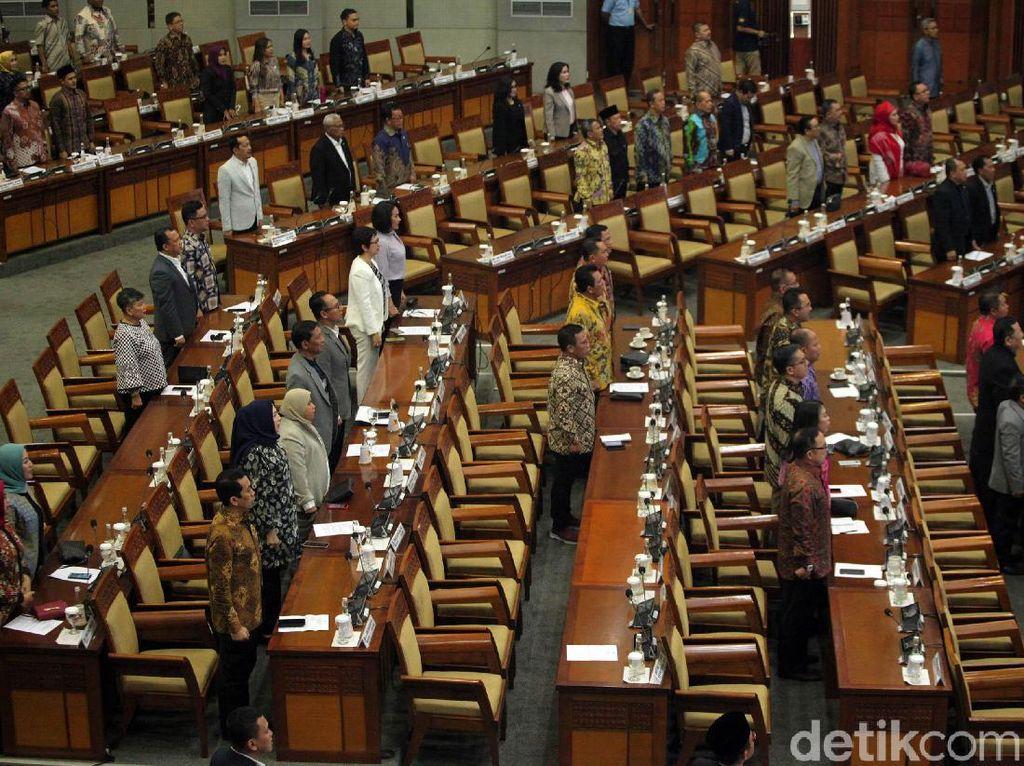 Pimpinan DPR Dorong Panja Kasus Jiwasraya-Asabri, Apa Bedanya dengan Pansus?