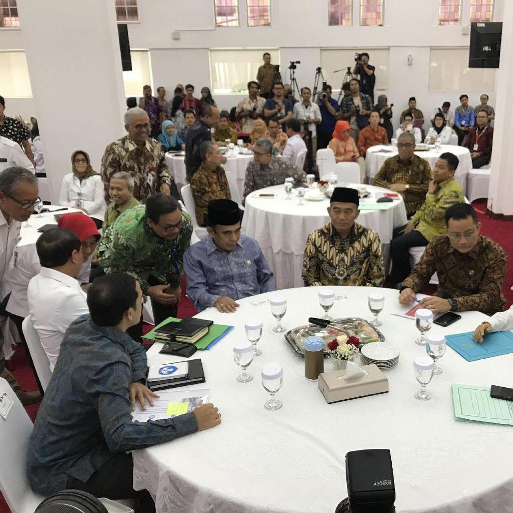 Kumpulkan Menteri, Menko PMK Muhadjir Gelar Pertemuan Konsolidasi