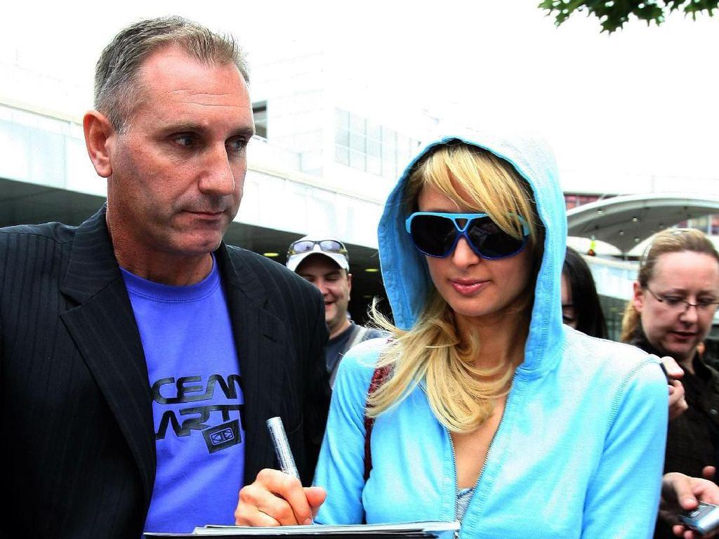 Paris Hilton Punya Seragam untuk di Rumah, Jumlahnya Sampai 100 Buah