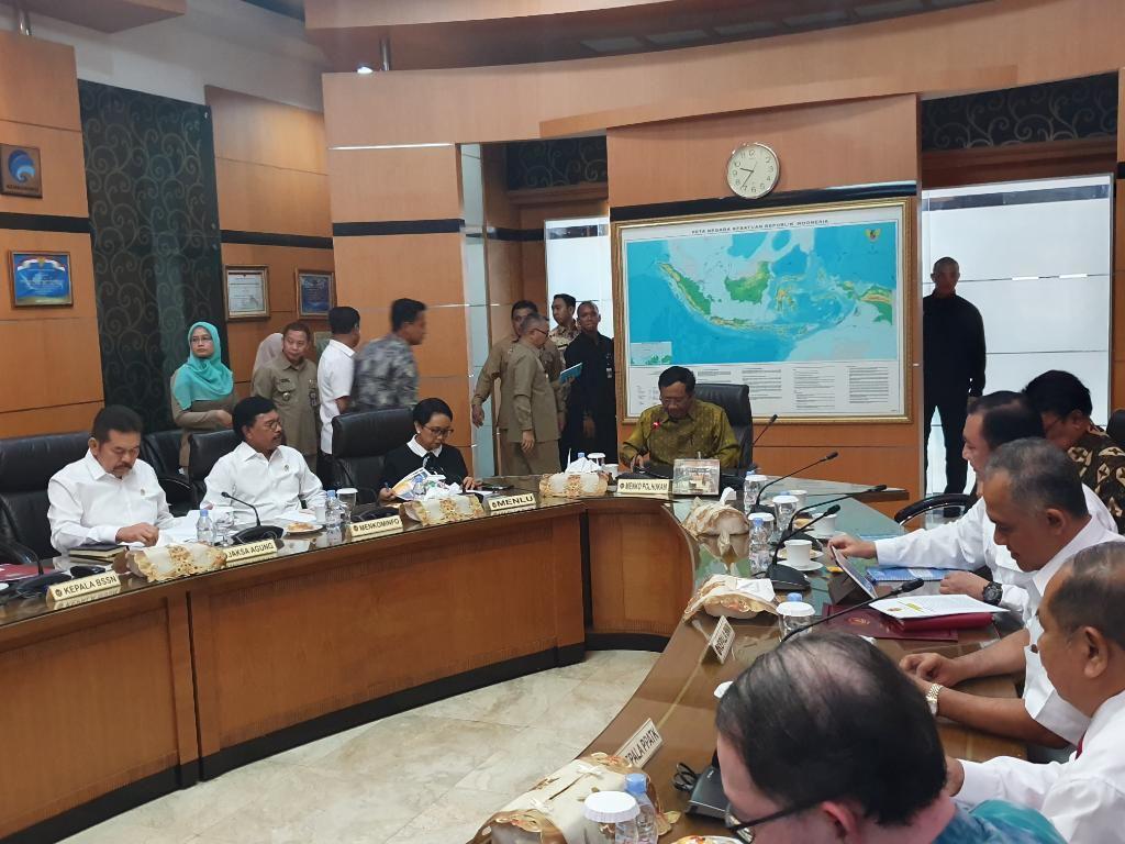 Rapat Tingkat Menteri di Kemenko Polhukam, Menhan Prabowo Diwakili Wamenhan