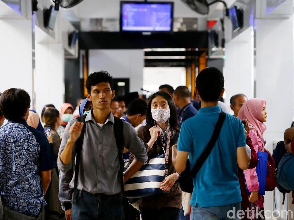 Begini Cara Akses Wifi Gratis di Halte TransJakarta