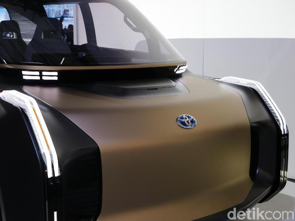 Aneka Mobil Toyota, dari Ambulans sampai Innova Masa Depan