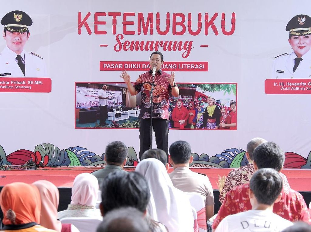 Tingkatkan Literasi, Wali Kota Semarang Ingin Tambah Perpus Keliling