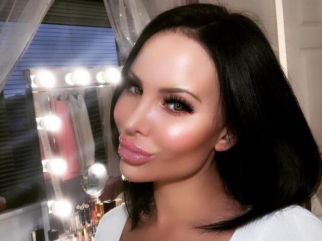 Gila Oplas, Wanita Ini Operasi di Area Intim Agar Punya Vagina Barbie