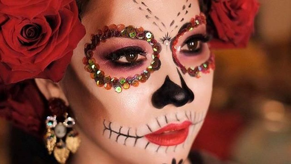 Gaya Artis Indonesia di Pesta Halloween, Jadi Atta Halilintar sampai Syahrini