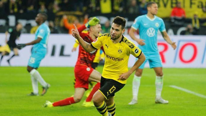 Borussia Dortmund menumpas Wolfsburg 3-0 di Liga Jerman. (Foto: Leon Kuegeler / Reuters)
