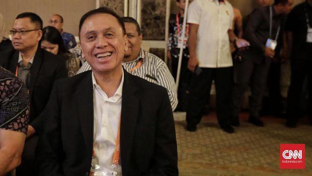 Ketua PSSI Iwan Bule mengatakan memutus kerja sama dengan Simon McMenemy dari Timnas Indonesia. (