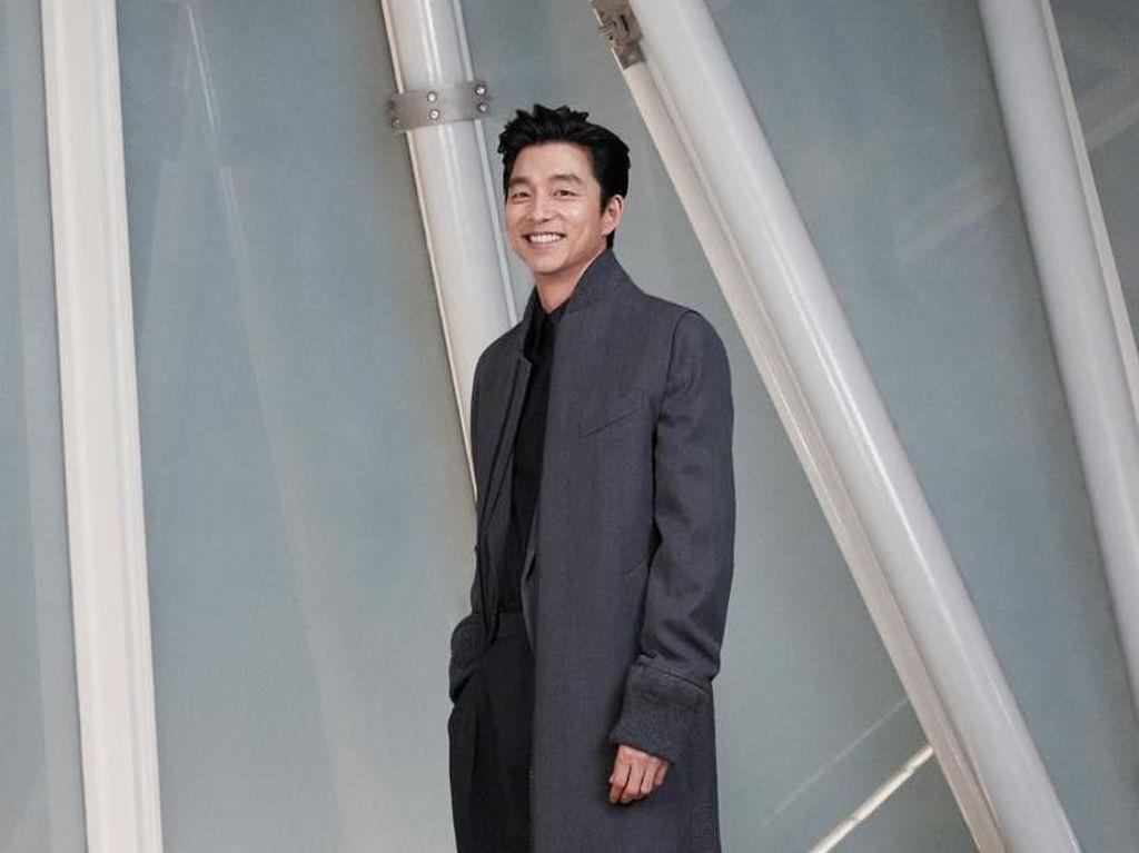 Foto: Kepincut Gantengnya Gong Yoo dan Cantiknya Dilraba Dilmurat di Seoul