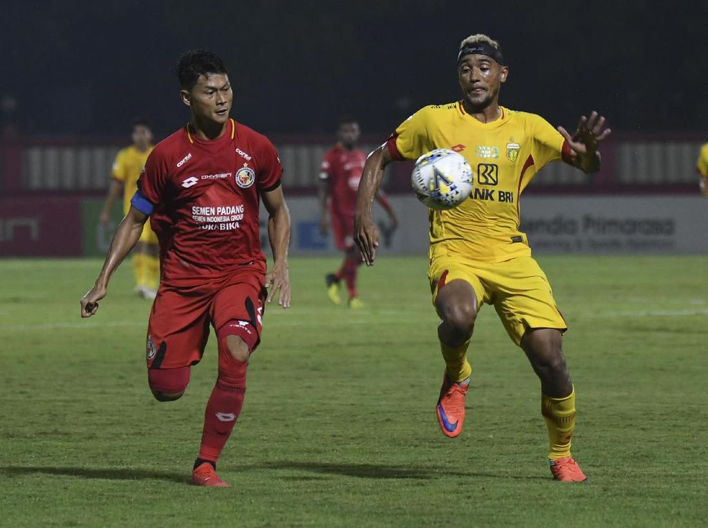 Bhayangkara FC Diimbangi Semen Padang 2-2