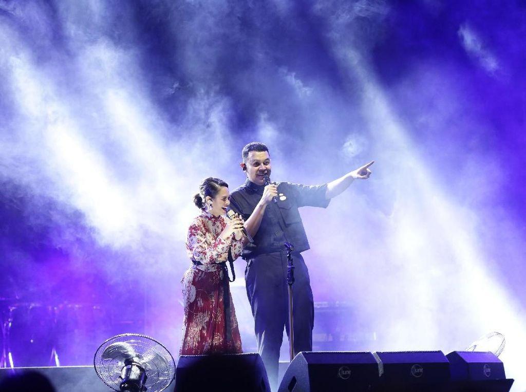 Festival Sewindu Rasa Terima Kasih Tulus pada Musisi Lainnya