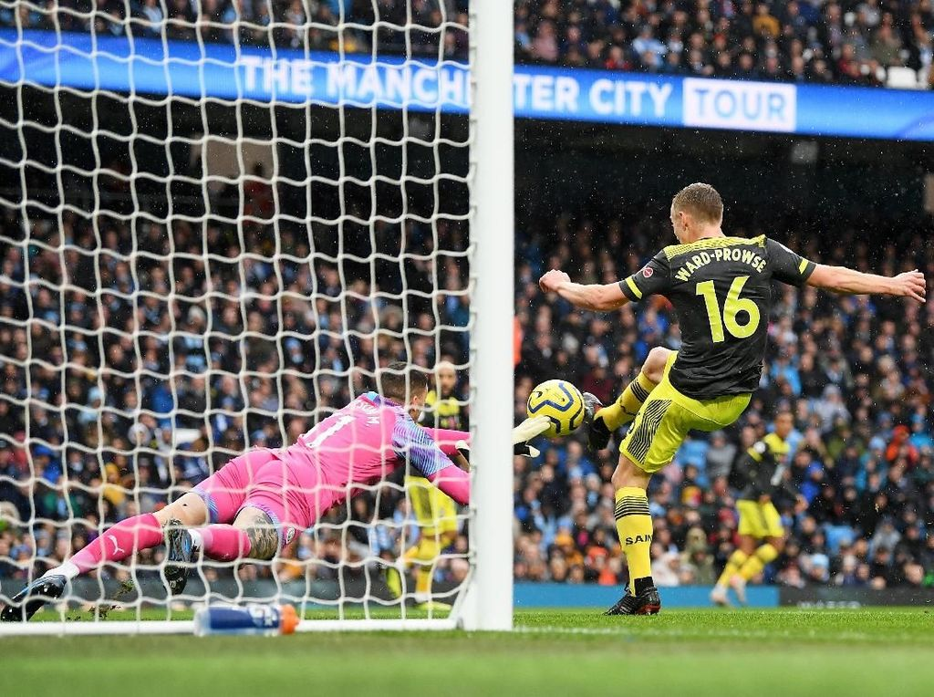Turun Minum, Man City Tertinggal 0-1 dari Southampton