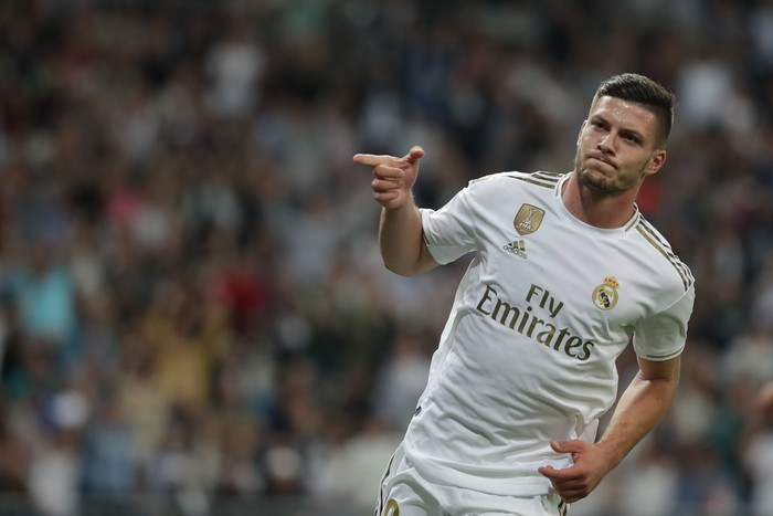 MADRID, SPAIN - SEPTEMBER 25: Luka Jovic of Real Madrid CF celebrates scoring their second goal during the Liga match between Real Madrid CF and CA Osasuna at Estadio Santiago Bernabeu on September 25, 2019 in Madrid, Spain. (Photo by Gonzalo Arroyo Moreno/Getty Images)