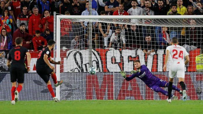 Sevilla bermain imbang 1-1 dengan Atletico Madrid (Foto: REUTERS/Marcelo Del Pozo)