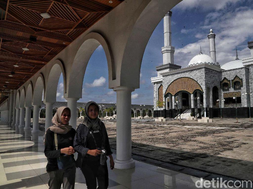 Seni dalam Islam, Aslinya Boleh Nggak Sih Nyanyi dan Bikin Patung?