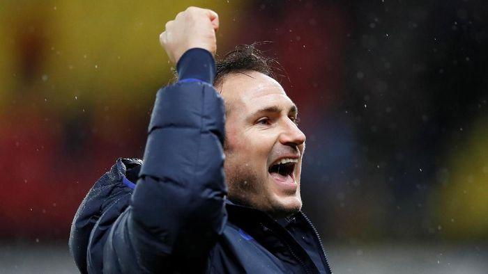 Frank Lampard bisa kembali berbelanja pemain di bulan Januari. Foto: David Klein/Reuters
