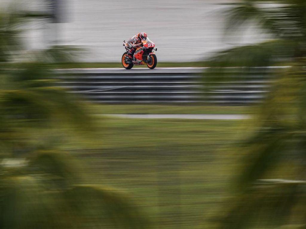 Kecelakaan Parah di Sepang, Marquez Diselamatkan Airbag