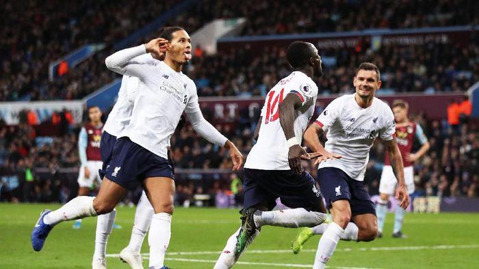 Liverpool menang dramatis 2-1 atas Aston Villa berkat gol di menit-menit akhir pertandingan
