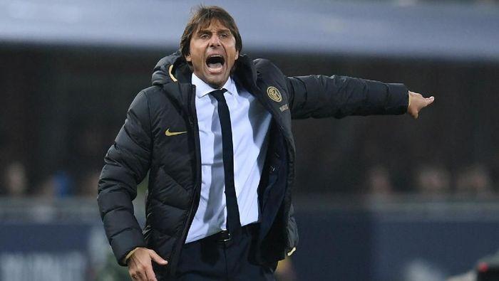 Antonio Conte menegaskan Inter Milan akan mati-matian menghadapi Barcelona demi tiket 16 besar Liga Champions (Foto: Jennifer Lorenzini/Reuters)