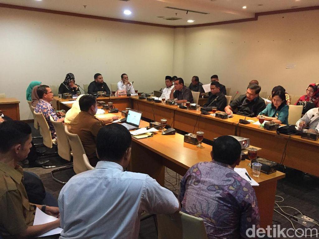 Rapat dengan DPRD Sumut, Kadis Sosial Diusir dari Ruangan